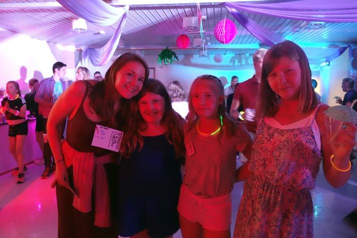 Jenter på disco