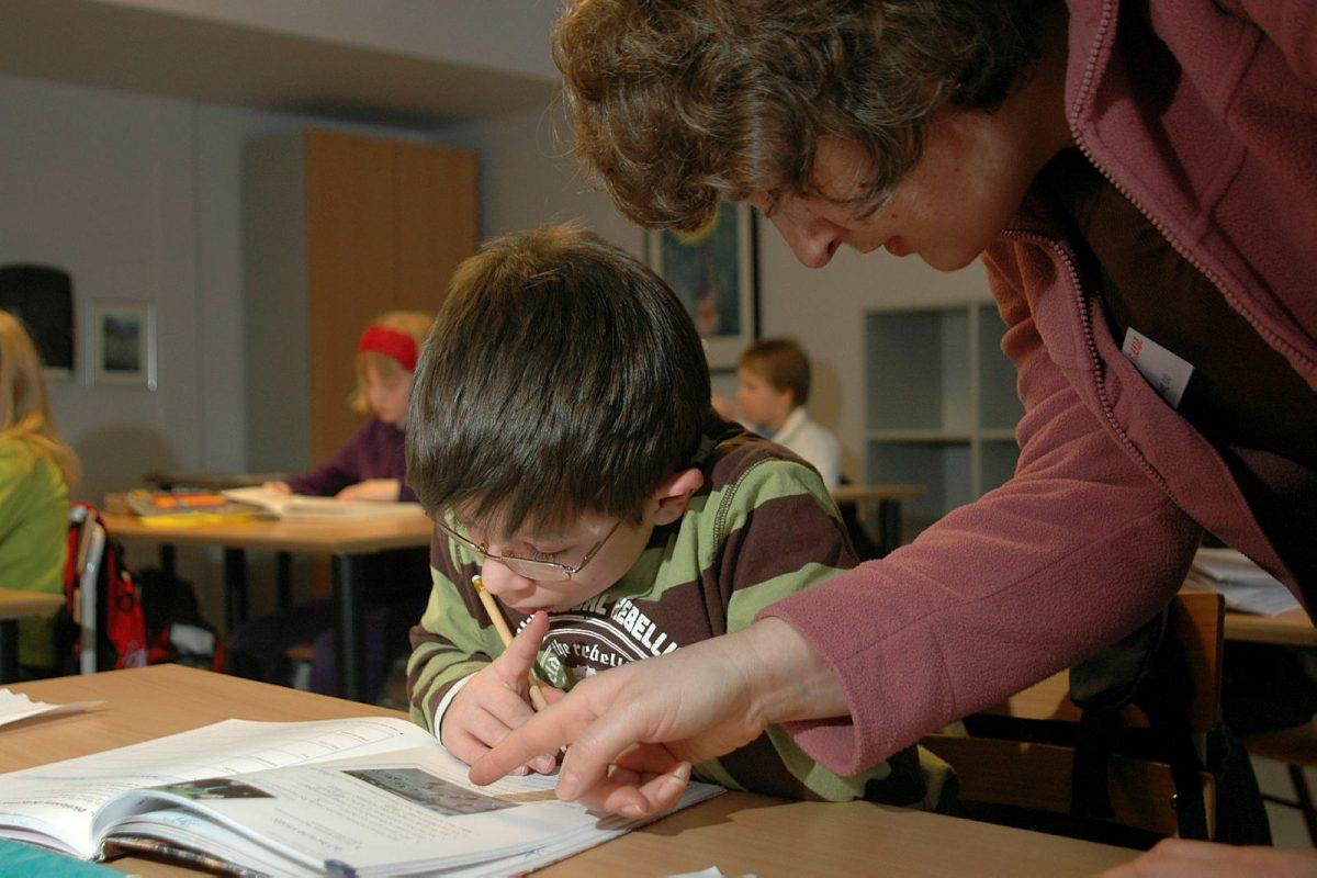 Tilrettelegging for gutt med sjelden diagnose på skolen
