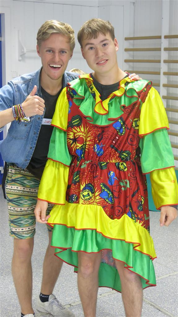 Festlige klær