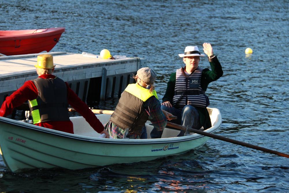 Ut i båt