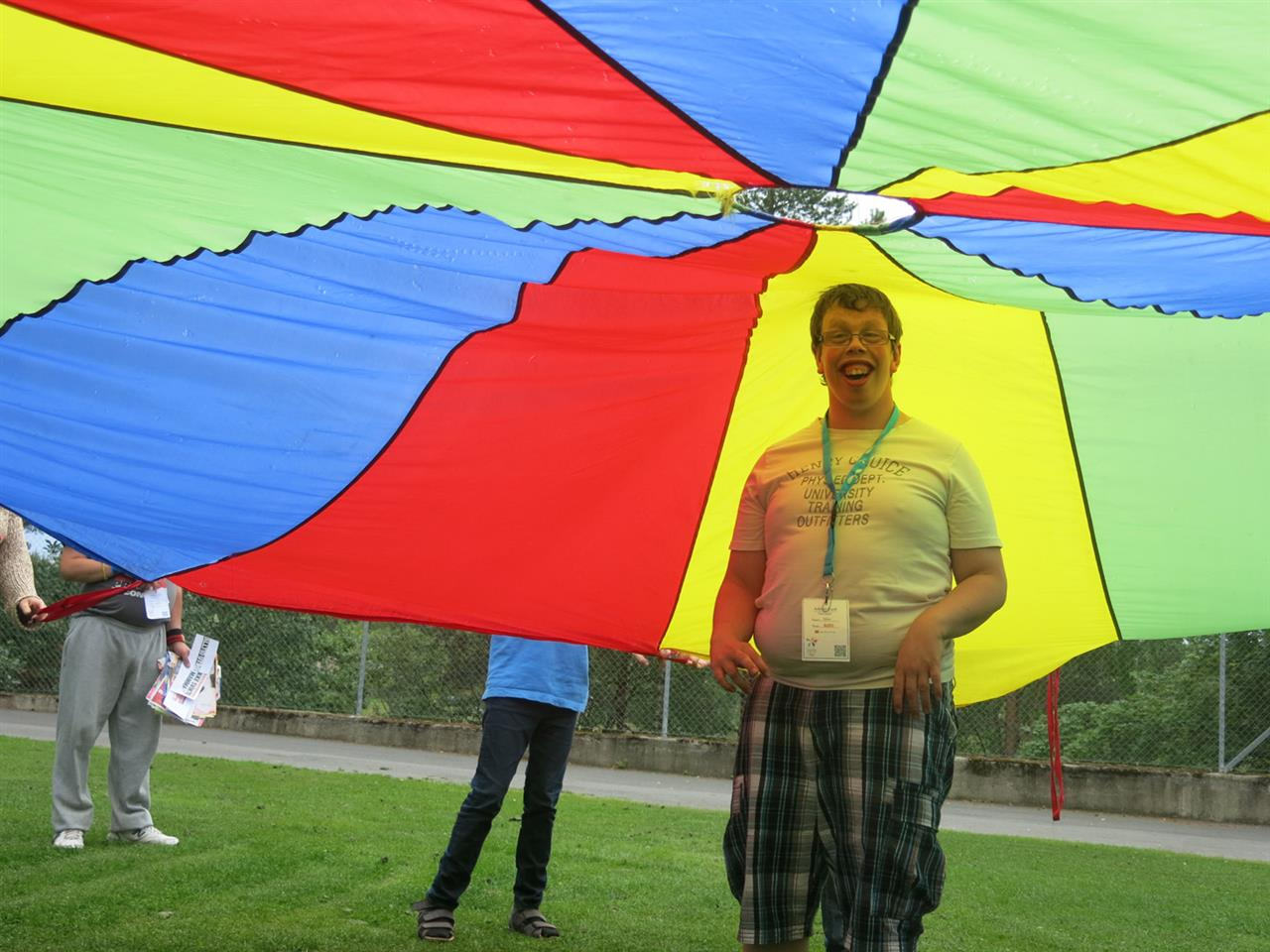Under regnbuen